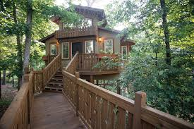 100 Tree Houses With Hot Tubs Unique And Unusual Els In Arkansas