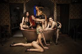 bathtub gin burlesque brunch brunch with wasabassco at bathtub gin the golden glamazon
