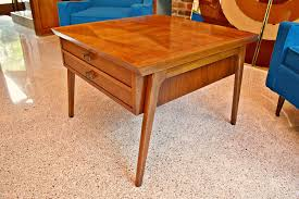 Mid Century Lane 900 Series Large Side Table W/Harlequin ... Lane 7332 Contemporary Chairside Table With Metal Base Fniture Nickel C Shape Findley End By At Morris Home 732641 732741 7588 Transitional Shelf Runes Hammered Copper In Warm Coffee Bean Nebraska 758141