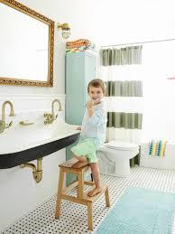 Gerbera Corner Pedestal Sink by 5 Fresh Bathroom Colors To Try In 2017 Hgtv U0027s Decorating