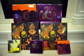 Smashing Pumpkins Zeitgeist Vinyl by February 2013 The Spfreaks Team