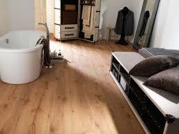الكلمة الخشبية الحديثة 130 أمثلة جميلة