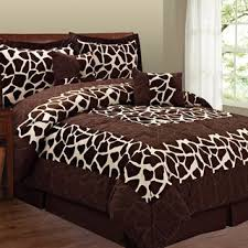 Zebra Print Bedroom Decor by Best 25 Zebra Print Bedroom Ideas On Pinterest Zebra Stuff