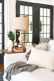 Living Room Makeovers On A Budget by Best 25 Condo Living Room Ideas On Pinterest Condo Decorating