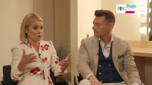 Kelly Ripa Halloween Skit by Kelly Ripa Ryan Seacrest Spoof Real Housewives People Com