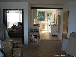 links der neue durchbruch zum zimmer 1 rechts die küche