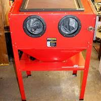 Central Pneumatic Blast Cabinet by Old Shasta Estate Auction Shop Tools Tractor Patio Boat Auto