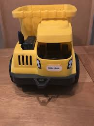 LITTLE TIKES Dirt Diggers Dump Truck - £15.00 | PicClick UK Little Tikes Dump Truck Vintage Imagination Find More Dumptruck Sandbox For Sale At Up To 90 Off Red And Yellow Plastic Haulers Buy Tikes Digger Dump Truck In Londerry County Monster Dirt Digger Big W Amazoncom Cozy Toys Games Preschool Pretend Play Hobbies Handle Donnie Diggers 2in1 Excavator Bluegray Vintage Little Tikes I80 Expressway Replacement Part