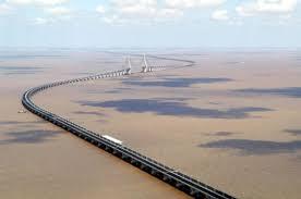 un pont de 32 km les plus grands chantiers chinois sur journal