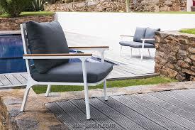 canapé teck jardin timber de talenti salon de jardin aluminium et teck tissu denim