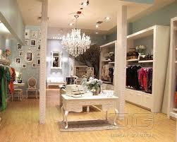 GR41 White Elegant Apparel Store Display Ideas