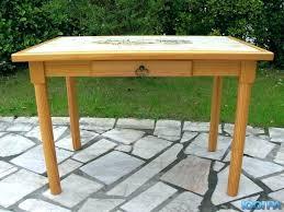 petites tables de cuisine table cuisine carrelee table de cuisine ikaca petites tables