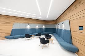 wandleuchte licht und architektur verwaltungsgebäude