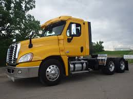 2015 FREIGHTLINER CASCADIA DAYCAB FOR SALE #449