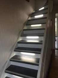 beton cire sur escalier bois rénovation par habillage d un escalier bois marche aspect béton