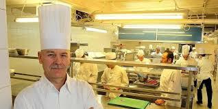 cuisine gautier biarritz jean gautier le chef de l hôtel du palais ouvre
