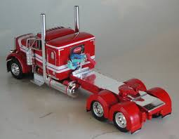 DCP Red White Peterbilt 379 36