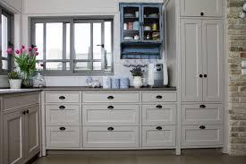 best 25 kitchen cabinet pulls ideas on pinterest cabinets drawer