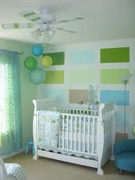 babyzimmer dekorieren braun grün farbkombination