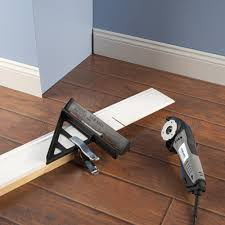 Cut Laminate Flooring With Miter Saw by Dremel Sm840 Dremel Miter Cutting Guide For Saw Max