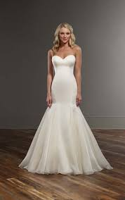 291 best Wedding Gowns We Love images on Pinterest