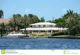 maison de luxe de bord de mer photo libre de droits image 25598395