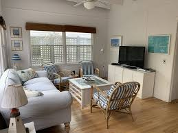100 Fire Island Fair Harbor Bright And Happy Beach Cottage On