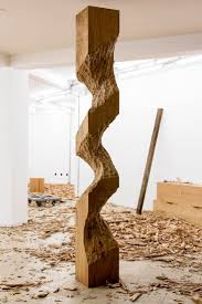 le ideen altholz kunst holzschnitzmuster holzskulpturen