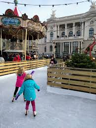 Bellevue Singing Christmas Tree 2016 by Top 10 Christmas Activities For Families In Zurich Mom In Zurich