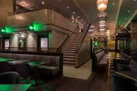 100 555 Design International Taureaux Tavern Chicago USA Eric Kleinberg