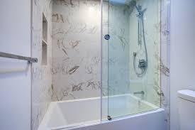 badewannenaufsatz in der badewanne duschen arten