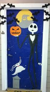 Halloween Classroom Door Decorations by 25 Halloween Front Door Décorations That You U0027ll Love Shelterness