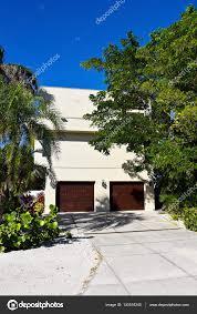 100 Modern Beach Home House Stock Editorial Photo EyeMark 143510245