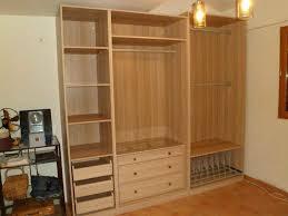 placard chambre à coucher meuble pour chambre mansardée galerie et chambre coucher avec