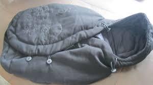 nid d ange siege auto nid d ange bébé confort noir pour siege auto dans l armoire d éva