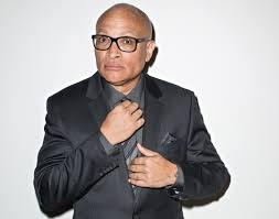 Jon Zimmerman Front Desk by Why Larry Wilmore Is The Perfect Comic Fit For This Year U0027s