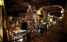 Christmas Tree Elegance Comes To The Davenport