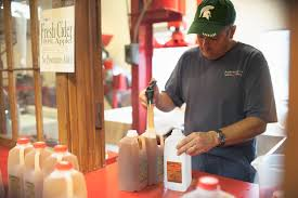 Pumpkin Patch Near Caledonia Mi by Grand Rapids Fall Events Apples Orchards Apple Cider Doughnuts