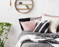 Find Bedroom Decor Thats Made For You