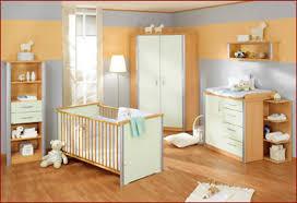 couleur peinture chambre bébé idée couleur chambre fille photo couleur chambre fille garcon avec