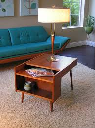 Vintage End Table With Lamp Attached by Best 25 Vintage Side Tables Ideas On Pinterest Drawers Hairpin