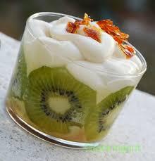 dessert aux kiwis facile triffle kiwi caramel aux petits suisses un an pour faire