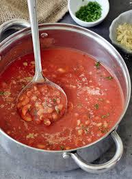 frische tomatensuppe rezept mit nudeln vegan elavegan