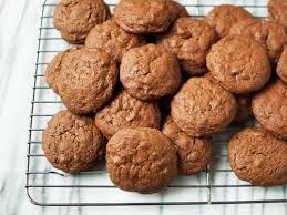 Trisha Yearwood Spiced Pumpkin Roll by Brownie Batter Cookies U2014 The Weekender Fn Dish Behind The