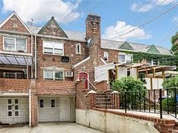 100 Forest House Apartments Apartment In For Rent At 6705 Burns St Hills