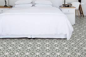 fliese patchwork dekor zementoptik grün weiß 20x20cm contrasti tappeto 9 ragno by marazzi