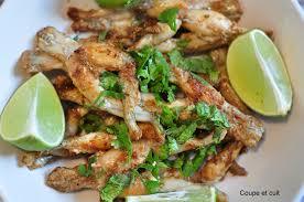 cuisiner les cuisses de grenouilles cuisses de grenouille aux épices coupe et cuit