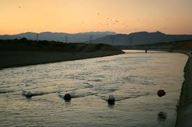 Pumpkin Patch Victorville Ca by Man Dies From Fall Into California Aqueduct While Trying To Save