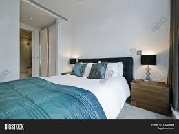 100 Modern Luxury Bedroom Image Photo Free Trial Bigstock