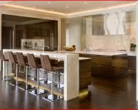 bar am駻icain cuisine construire un bar americain maison design bahbe com